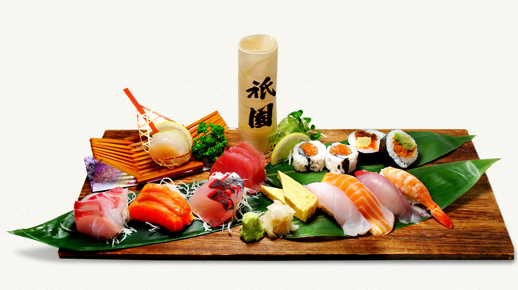 Large Sashimi and Sushi Platter